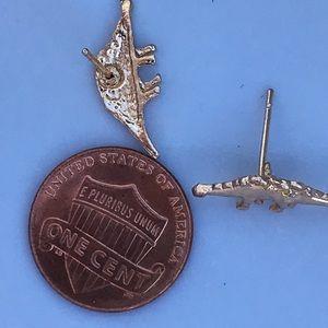 Jewelry - Dinosaur 🦕 earrings- stegosaurus?